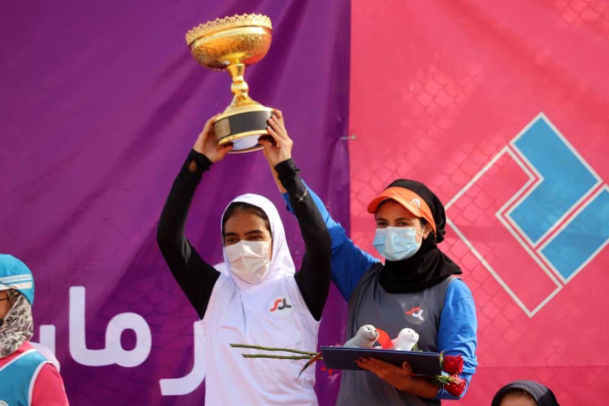 قهرمانی نماینده هرمزگان در فینال مسابقات تنیس بانوان کشور