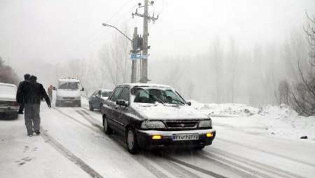 بارش برف در انتظار راههای مواصلاتی کرمانشاه/ رانندگان نکات ایمنی را رعایت کنند