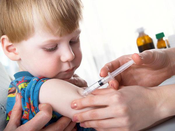 افت واکسیناسیون کودکان با شیوع ویروس کرونا در جهان