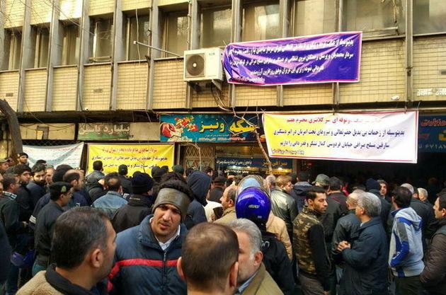 بازسازی صحنه سرقت مسلحانه صرافی با حضور رئیس پلیس پایتخت