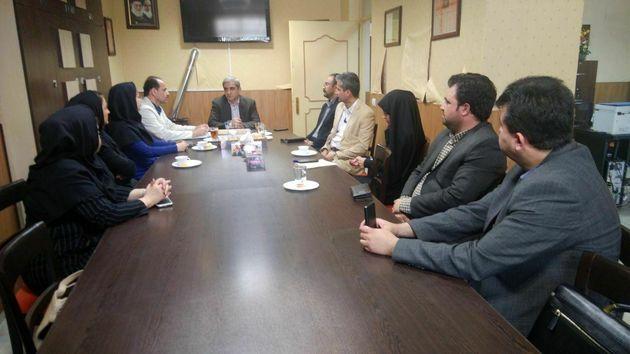 دیدار رییس سازمان صنعت معدن و تجارت گیلان با اعضای خانه مطبوعات در استان