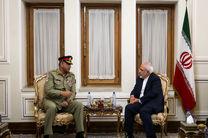 ظریف با فرمانده ارتش پاکستان دیدار کرد