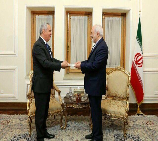 سفیر تاجیکستان رونوشت استوارنامه خود را به ظریف تحویل داد