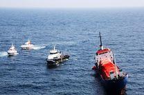 نجات 13 دریانورد خارجی توسط نیروهای امدادی بنادر هرمزگان