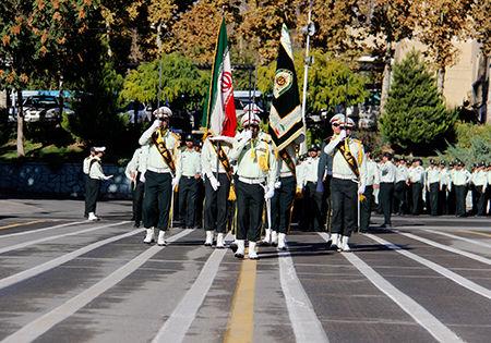 رژه مشترک نیروهای انتظامی در هفته ناجا
