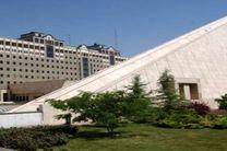 ساختمان مجلس در کنترل نیروهای امنیتی قرار دارد