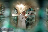غبار روبی مضجع مطهر حضرت امام رضا (ع) با حضور مقام معظم رهبری