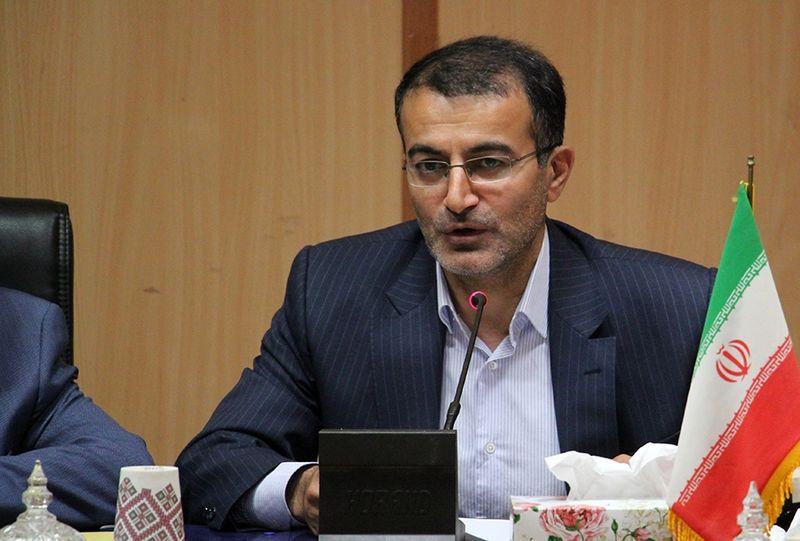 دانشگاه آزاد اسلامی به هیچ حزب و جناحی تعلق ندارد