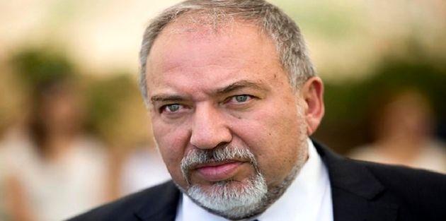 لیبرمن، عباس را رهبر یک تشکیلات فاسد خواند