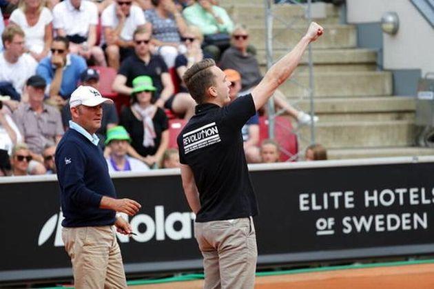 سردادن شعار نازیها در مسابقه تنیس اپن سوئد
