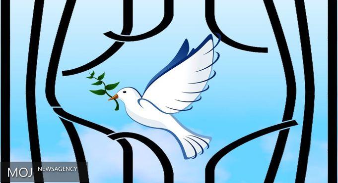 ۱۰ نفر از محکومین مالی زندان اوین توسط خیرین و ستاد دیه آزاد شدند