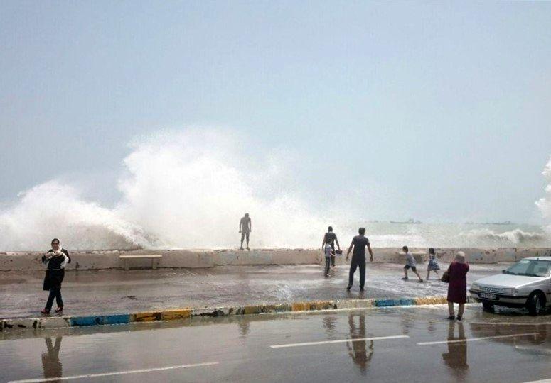 ناپایداری جوی تا چهارشنبه ادامه دارد/ارتفاع امواج در خلیج فارس به 2 متر میرسد