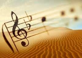 اشعار و موسیقی سطحی سلیقه مردم را در شعر و آهنگ خراب می کند