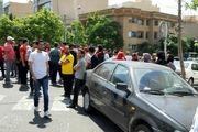 هواداران پرسپولیس مقابل ساختمان این باشگاه تجمع کردند