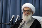 انقلاب اسلامی با استفاده از بازوی قدرتمند سپاه به جنگ با استکبار ادامه میدهد