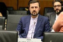ایران هیچ محدودیتی را در تولید و صادرات نفت خود نمیپذیرد