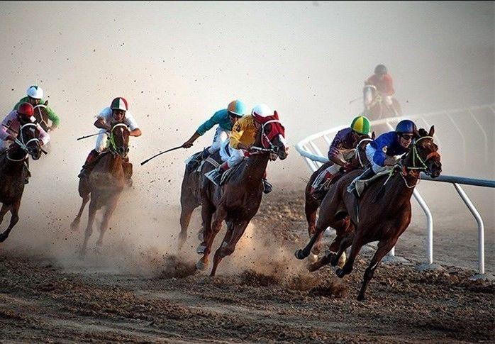 برگزاری هفته سوم مسابقات اسبدوانی کورس پائیزه کشور در آققلا