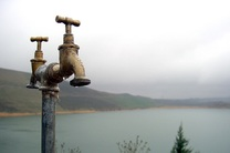 آب شرب شهرستان پلدختر قطع شد/عوامل آبفا لرستان عازم منطقه شدند