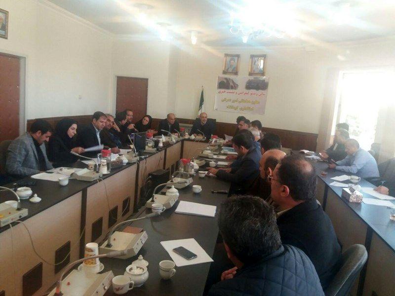 تاکید بر استفاده از ظرفیتهای قانونی در تسویه مطالبات پیمانکاران کرمانشاه