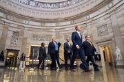 سناتورهای آمریکایی برای استیضاح ترامپ سوگند یاد کردند