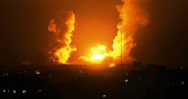 صهیونیست ها مرکز نوار غزه را بمباران کردند
