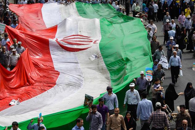 مترو تهران تماشاگه عکس و پوسترهای روز جهانی قدس شد