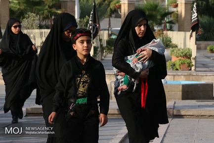 همایش شیرخوارگان حسینی در اصفهان
