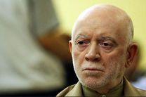 قوه قضائیه غارتگران بیتالمال را در هر لباس و مقامی محاکمه کند