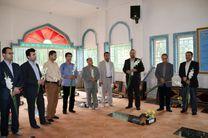 هنرمندان هفتمین جشنواره تئاتر خیابانی شهروند لاهیجان با شهدا تجدید میثاق کردند