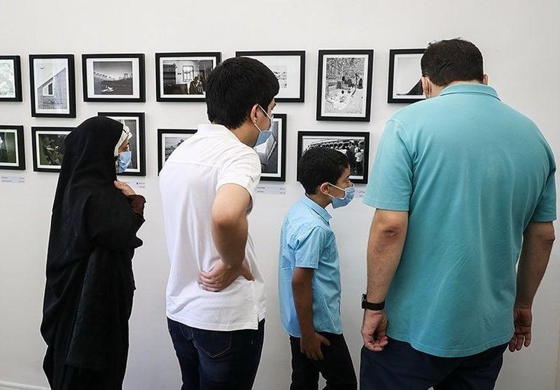 گالری هنر طهران در خیابان ایرانشهر تهران آغاز به کار کرد