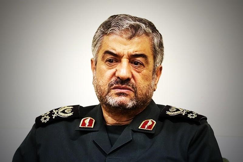 کنگره ملی سرداران و ۱۴۰۰ شهید شهرستان فلاورجان برگزار شد
