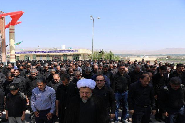 نماز ظهر عاشورا در سراسر فارس اقامه شد