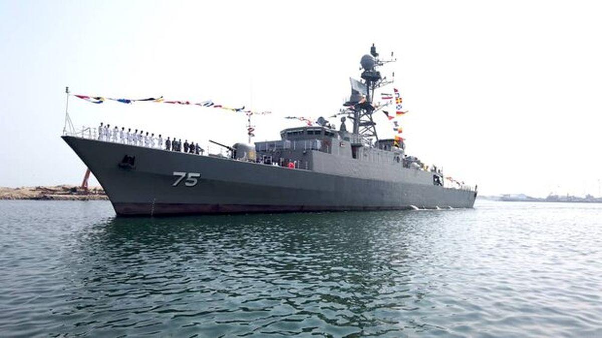 الحاق ناوشکن دنا و مین شکار شاهین به نیروی دریایی ارتش