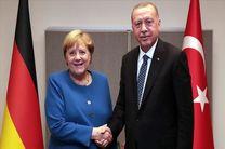 رایزنی تلفنی اردوغان و مرکل در مورد سوریه و لیبی