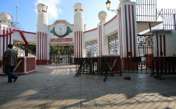 وزیر فرهنگ الجزایر استعفا کرد
