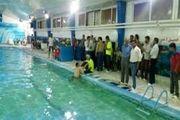رکورد شنای استقامت کشور با همت شناگر بهشهری شکسته شد