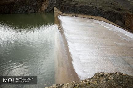 سر ریز شدن آب سد قشلاق سنندج