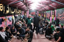 موکب امامزادگان آران و بیدگل روزانه به بیش از 6000 نفر زائر اربعین حسینی خدمت رسانی می کنند