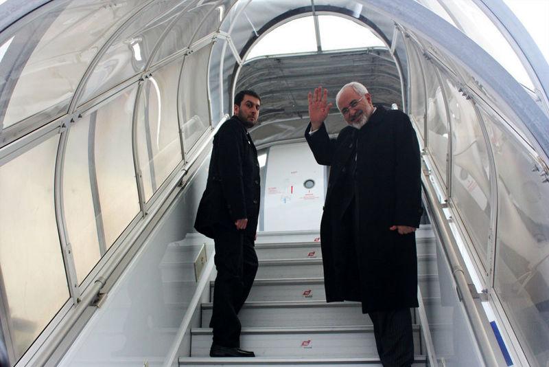ظریف تهران را به مقصد کلمبو ترک کرد