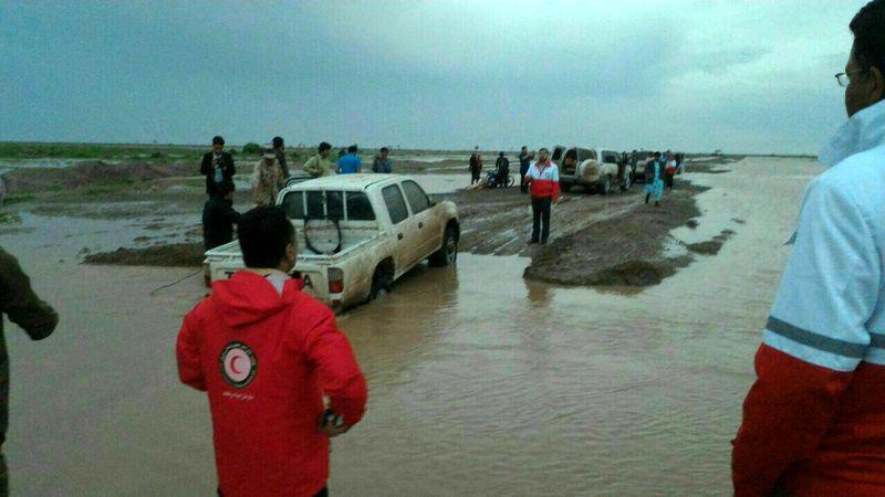 اسکان اضطراری 35 تن و انتقال 6 متاثر از سیل به مناطق امن/ تخلیه آب از 12 واحد مسکونی