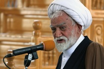 برخی نا آگاهان رضا شاه دیکتاتور را اسطوره می نامند/نیروهای نظامی ایران مظهر ایمان و تخصص هستند