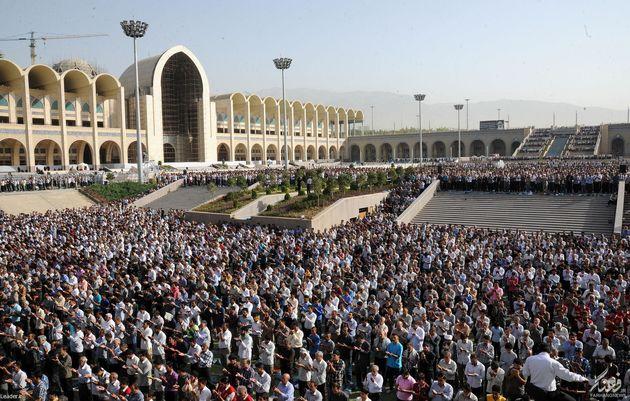 برنامههای نماز عید فطر در تهران/ مراسم نورافشانی شب عید فطر در تهران برگزار می شود