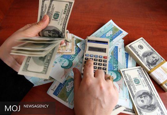 درخواست دولت برای تسعیر نرخ ارز با دلار ۲۹۰۰ تومانی