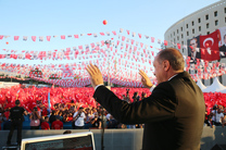 اردوغان: تروریست ها را در عراق و سوریه آرام نمی گذاریم