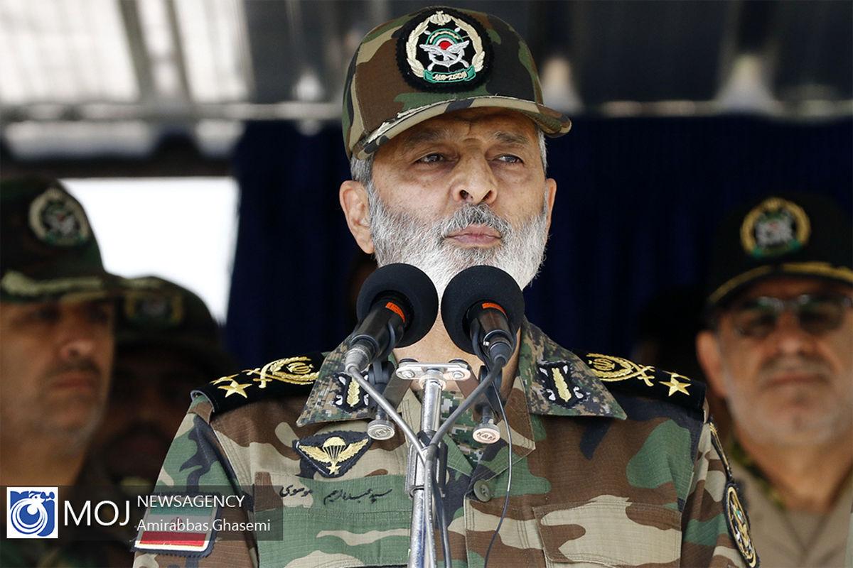 پیام فرمانده کل ارتش به مناسبت روز نیروی دریایی ارتش