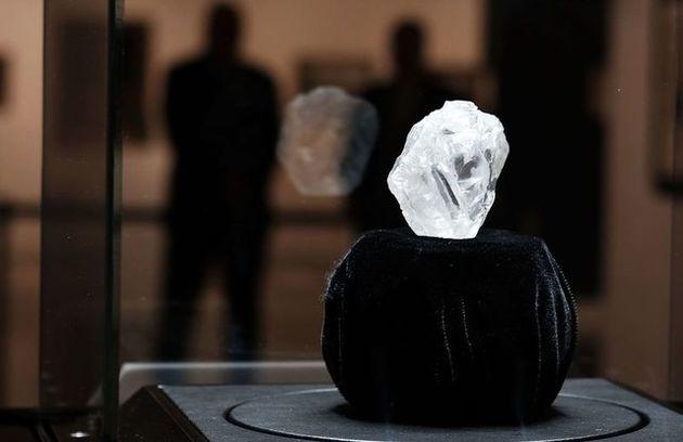 دومین الماس بزرگ قرن فروخته شد
