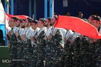 دو هزار نفر از سربازان منتخب نیروهای مسلح با آرمان های امام راحل تجدید میثاق می کنند