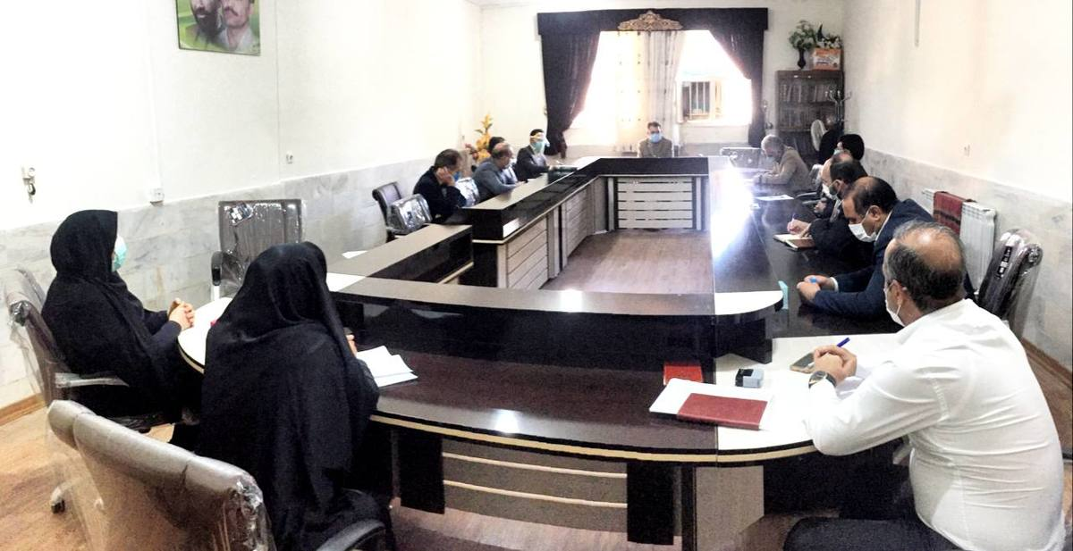 مدارس کمتر از ۵۰ دانش آموز، از اول بهمن ماه در ایلام شروع به فعالیت می کنند
