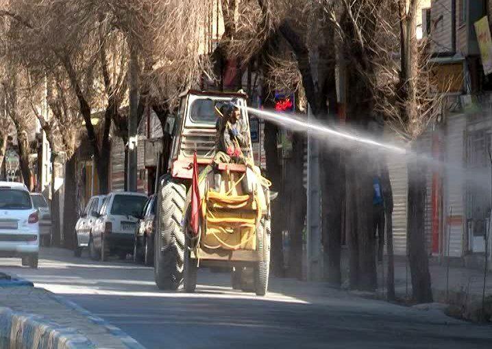 ضد عفونی کردن معابر در شهرستان مبارکه