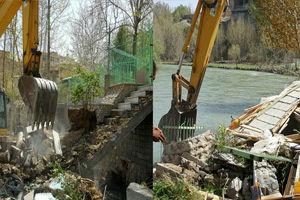 29 ویلای غیرمجاز در بستر زاینده رود تخریب شد / آزادسازی 20 هزار متر مربع از اراضی